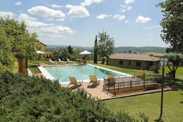 The pool at Terenzi