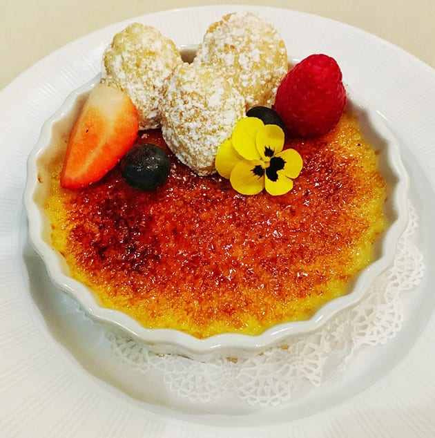 Caxambas Restaurant Naples Florida - Creme Brulee