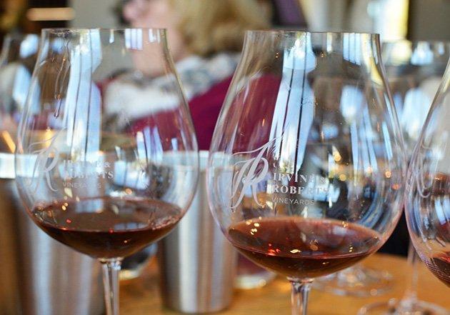 Irvine & Roberts Vineyards Wine Glasses