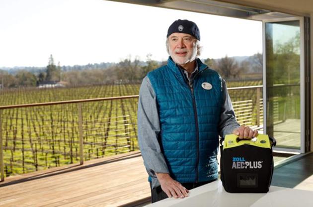 TrainedForSavingLives_RON_Rubin_AED_Wine_Philanthropy